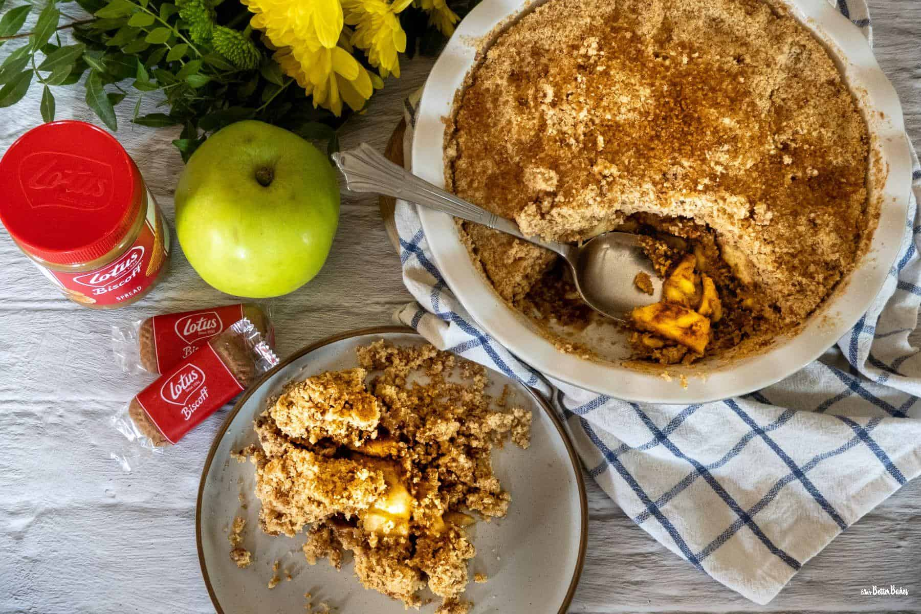 collage of apple crumble