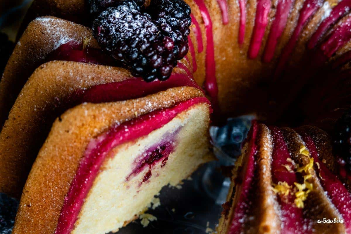 lose up of lemon and blackberry cake